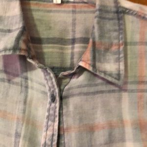 Maurices Tops - Plaid L/S shirt